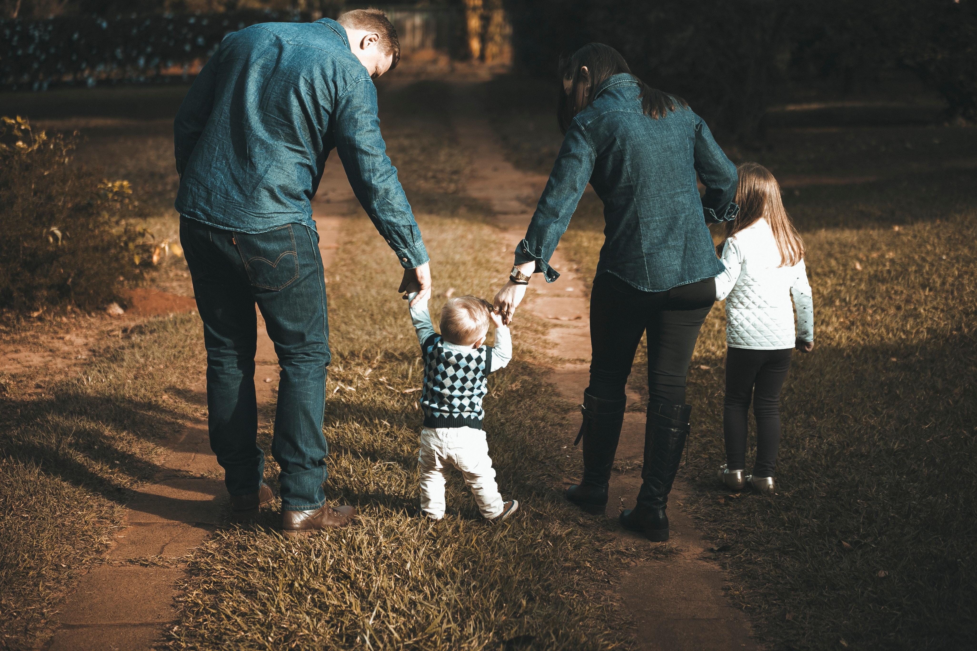 Wpływ pandemii COVID-19 na realizację kontaktów rodzica z małoletnim dzieckiem